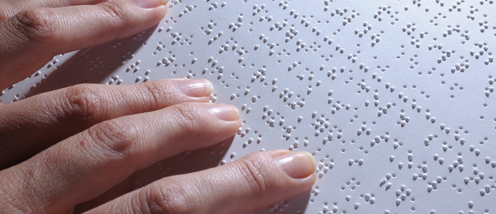Hands on Braille